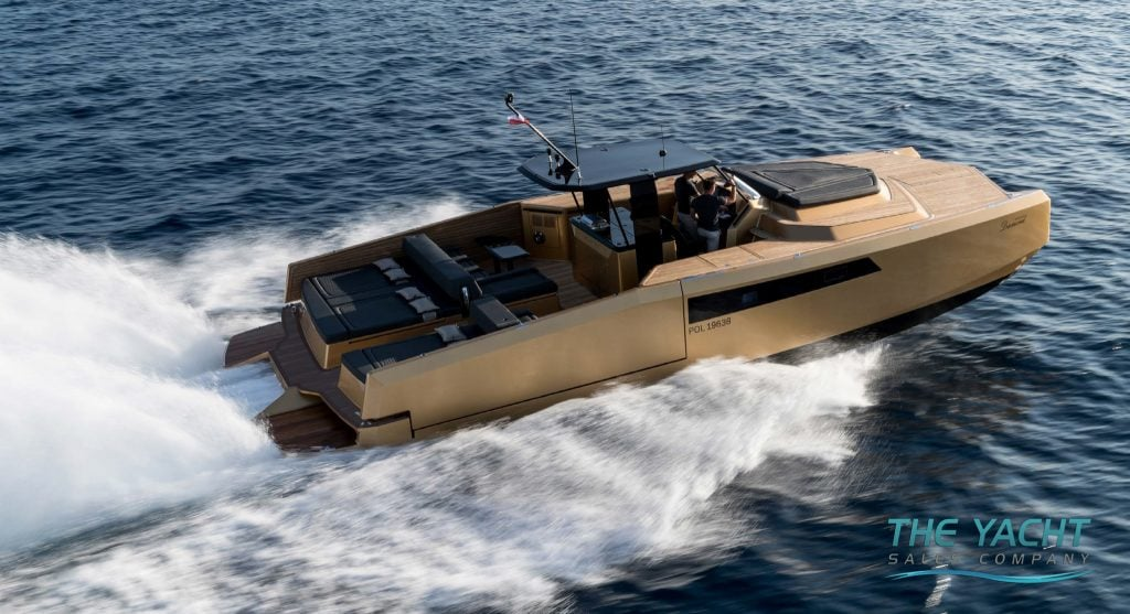 40p Open Power - The Yacht Sales Company
