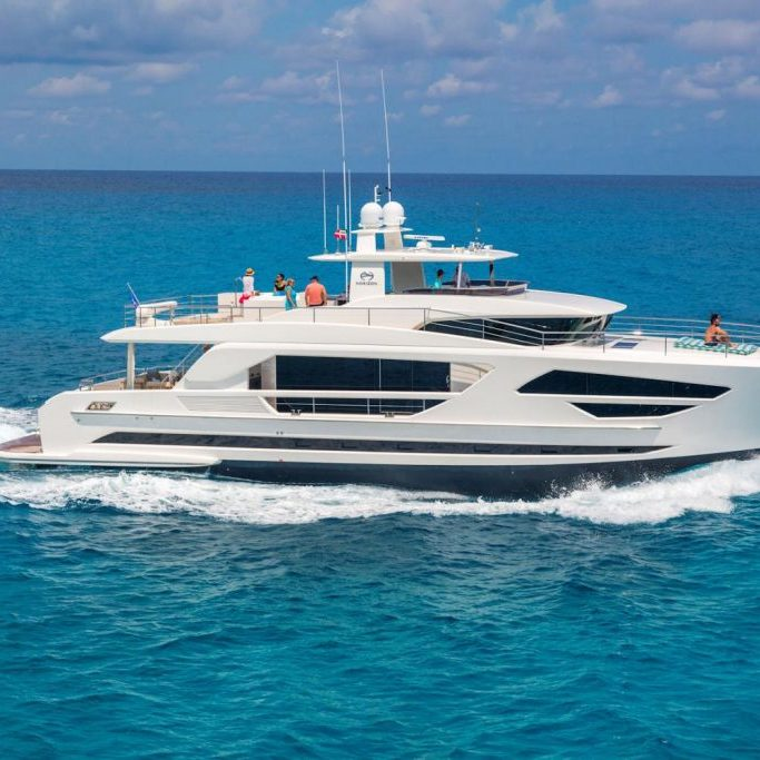 FD85-The-Yacht-Sales-Company